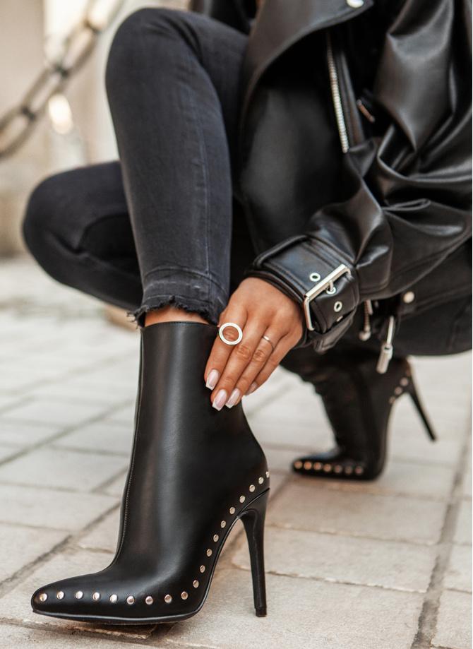Black high heel boots Spread Love DeeZee&CCC DeeZee.eu